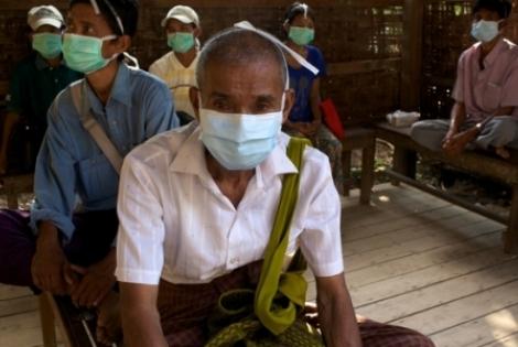 Μιανμάρ: Πρόσβαση στην ιατρική περίθαλψη για τα θύματα των πρόσφατων συγκρούσεων © Matthieu Zellweger