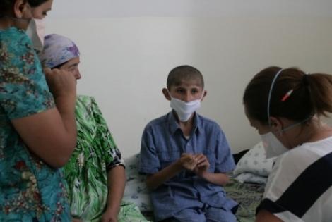 Τατζικιστάν: Παρέχουμε πρώτοι θεραπεία σε παιδιά με πολύ-ανθεκτική φυματίωση © Natasha Sergeeva/MSF