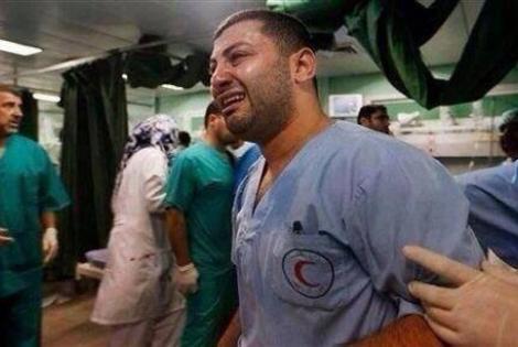 © Cosimo Le Quaglie/MSF Οι Γιατροί Χωρίς Σύνορα και ο Διεθνής Ερυθρός Σταυρός είναι οι μόνες διεθνείς οργανώσεις που αγωνίζονται δίπλα στους Παλαιστίνιους συναδέλφους